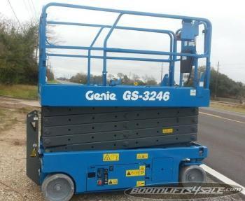 GENIE 3246 Scissor lift