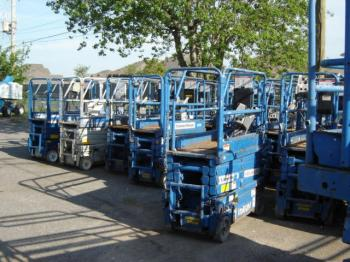 Used Scissor Lift For Sale >> Upright Mx19 Electric Compact Scissor Lifts For Sale Boomlifts4sale
