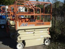 JLG 1932 Electric Compact Scissor Lift