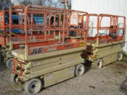 JLG 2032 E2 Electric Scissor Lifts