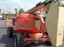 JLG 600A 600AJ Articulating Manlift