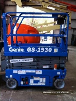 Genie 1930 Scissor Lifts *REFURBISHED