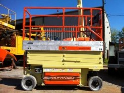 JLG 2630 ES Electric scissor lift