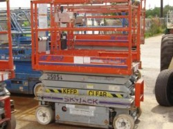 Skyjack 3219 Compact Scissor Lift